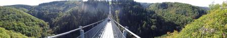 Tolle Rundumsicht von der Hängebrücke Geierlay: Tolle Rundumsicht von der Hängebrücke Geierlay