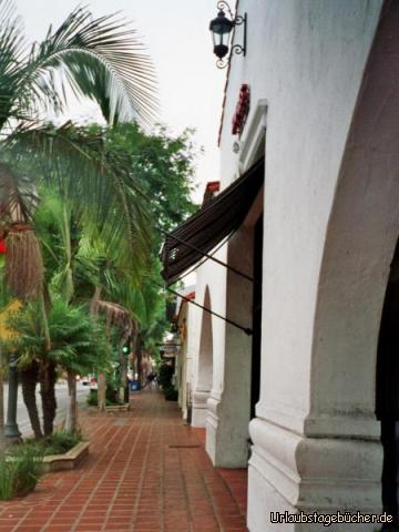 Fußgängerzone: die Fußgängerzone in Downtown Santa Barbara