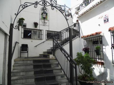 Über die Treppen in die Altstadt von Mijas: Über die Treppen in die Altstadt von Mijas