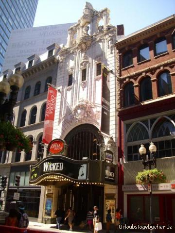 Boston Opera House: auf der Suche nach dem Freedom Trail kommen wir am 1928 erbauten Boston Opera House vorbei