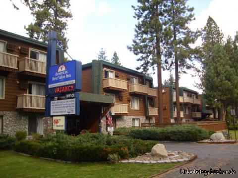 Check-out: ein letztes Foto unseres sehr schönen Hotels am Lake Tahoe, bevor wir South Lake Tahoe und damit Kalifornien Richtung Nevada verlassen