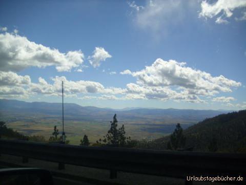 Carson Valley: wir fahren den Kingsbury Grade, einen Pass durch die Sierra Nevada und haben dabei einen tollen Blick auf das Carson Valley im Douglas County, Nevada