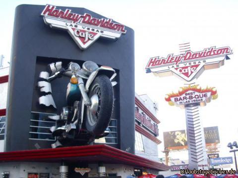Harley Davidson Café: auf unserem Weg, den Las Vegas Strip entlang, kommen wir auch am legendären Harley Davidson Café vorbei